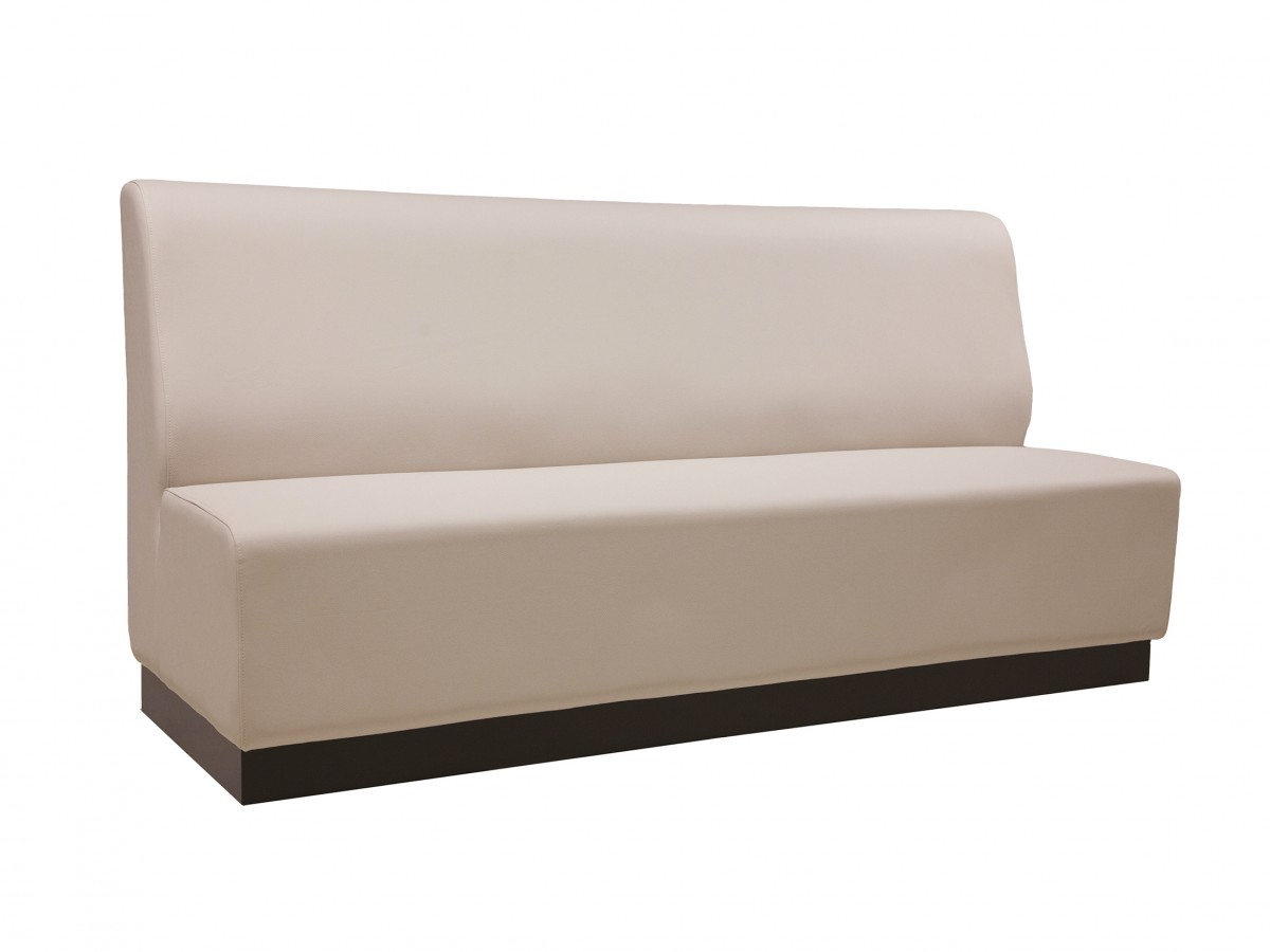 Toto sockle - LOUNGE AND BENCHES - Custom made hospitality furniture